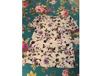 Lilac floral & butterfly print Oasis top - size UK 8
