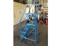 4 step mobile ladder