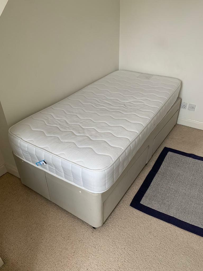 Picture of: Single Divan Bed And Mattress In Emsworth Hampshire Gumtree