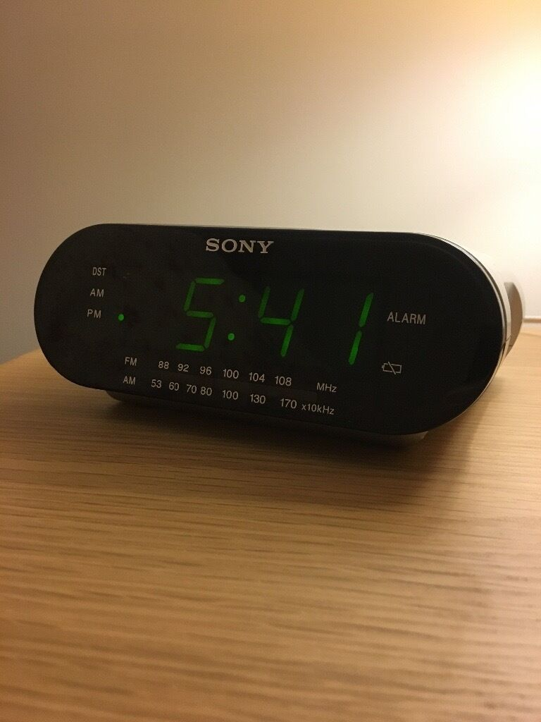 Sony Dream Machine Icf C218 Alarm Clock Radio Am Fm 950 In