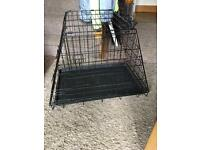 Dog crate (car/travel)