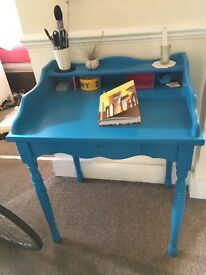 Beautiful French style make-up table/ child's desk / writing table