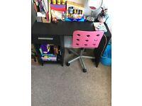 Black desk & chair