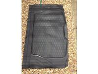 Car 4 universal rubber mats plus a boot rubber mat