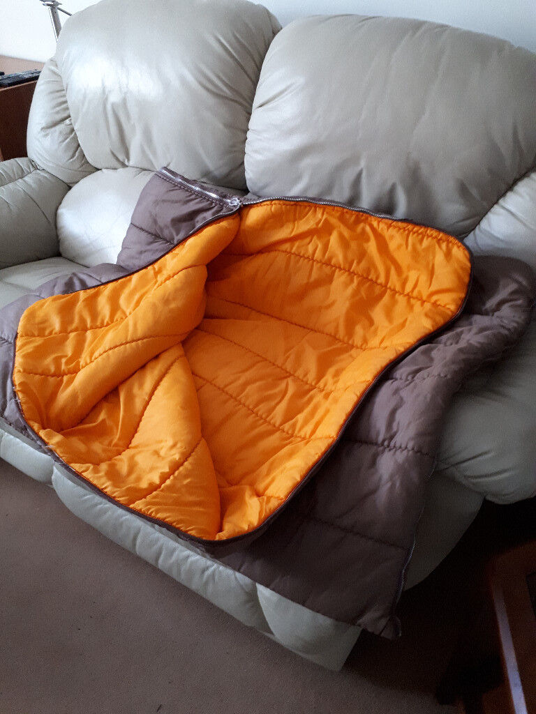 quality design 2fc4d fe927 Kingsize Sleeping Bag in Good Condition | in New Milton, Hampshire | Gumtree