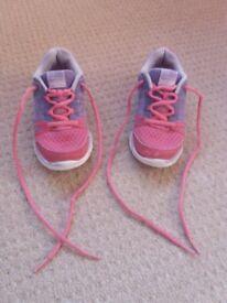 Girls Karrimor Run trainers size 11