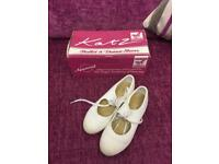Katz tap shoes size 11