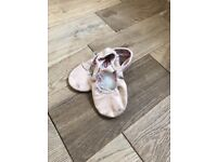 Girls size 11 ballet shoes
