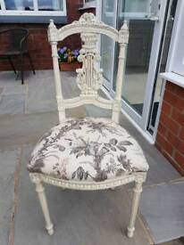 Antique chair (shabby chic)