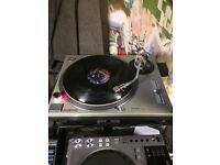Technics SL1200 MK2 turntable 1200