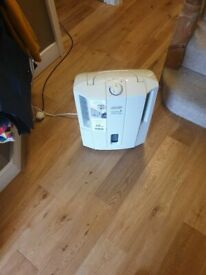 De Longhi Tasciugo Aria Dry Slim DES 12 Humidifier EXCELLENT CONDITION FULLY WORKING