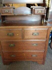 Second-hand dressing table