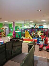 indoor play center open now