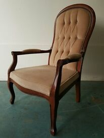 SOLID WOOD BUTTONED BACK FABRIC CHAIR / WOODEN VELUR ARMCHAIR DELIVERY AVAILABLE
