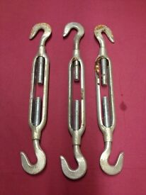 Double hooked galvanized turnbuckle