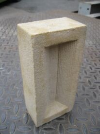 Sheerwater Silver Yellow New Stock Bricks. Pallet Of 640 = £400 ( 5 Pallets Available )
