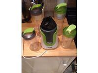 Breville Blend Active Juice Blender + 4 Sports Bottles
