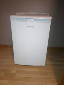 beko fridge. good clean condition. perfect working order £30