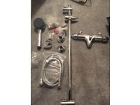 Thermostatic bath/shower tap mixer inc shower head and rail