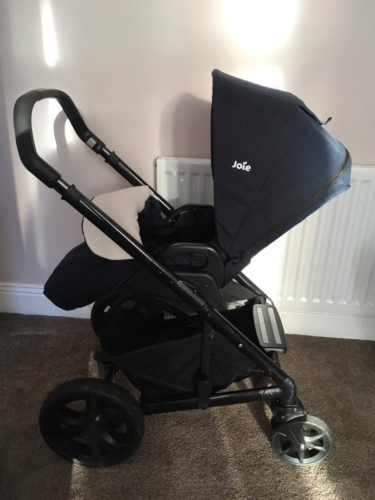 Joie Car Seat In Joie Buggy