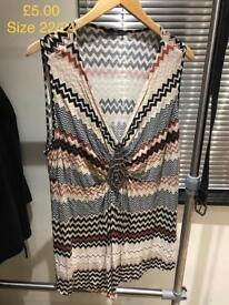 Women's Sleeve Top size 22/24