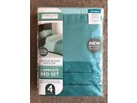 BRAND NEW COLOUR BLOCK PINTUCK COMPLETE 4 PIECE DOUBLE BED SET - TEAL