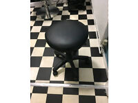 swivelling work stool