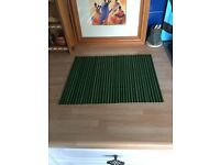4 X GREEN/BLACK BAMBOO TABLE MATS