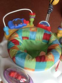 Jumperoo Fisher Price Baby Bouncer.