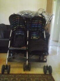 Double Pushchair with 2 Cosytoes/Weathershield/Instruction booklet