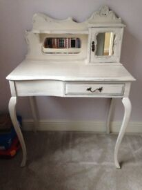 Beautiful cream ornate shabby chic vintage dressing table/desk