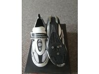 Size 10 Muddyfox Cycling Shoes