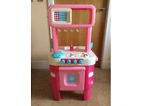 ** Great Condition ** - Early Learning Centre - Little Cook's Kitchen - Pink