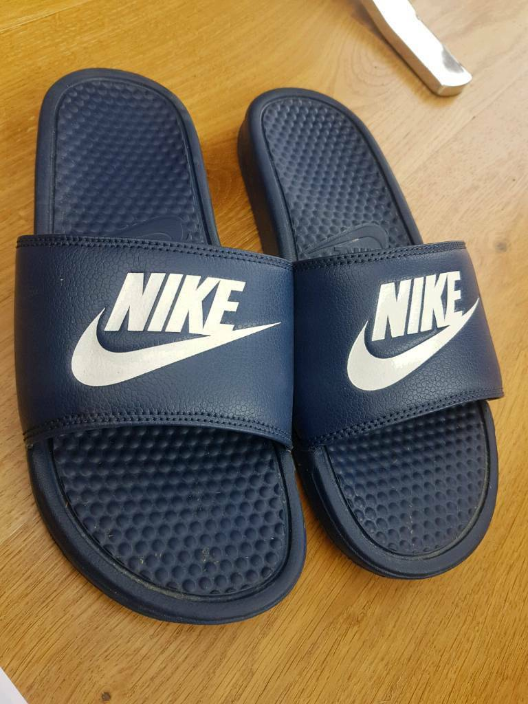 newest ae8fd 1c552 Nike Benassi Sandals Sliders Flip Flops Pool Sports Slippers Navy Blue Size  9 | in Melton Mowbray, Leicestershire | Gumtree