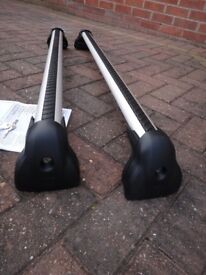 Genuine Ford Roof Bars (and feet)