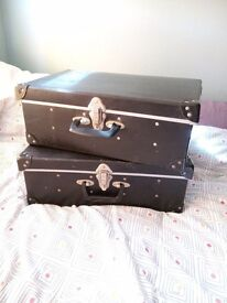 Heavy duty storage boxes, with compartments X 2