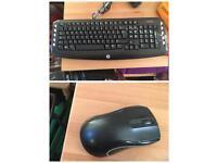 LIKE NEW HP wireless keyboard & mouse
