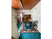 Spacious 2 bed ground floor flat with garden part dss welcome