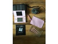 DS LITE – COLOUR: PINK – REPAIRED ON HINGE – IN WORKING ORDER - £5.00