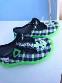Kids slippers,new