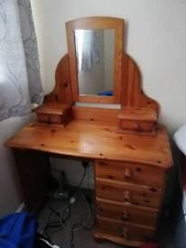 pine dressing table n stool