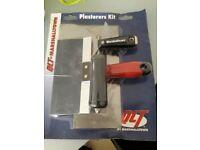 Marshaltown Plasters kit
