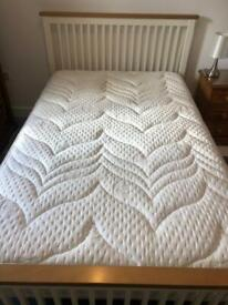 Beautiful White Wooden 4ft Small Double Bed & Sealy Thick Soft Mattress
