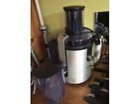 Philips electric juicer