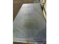 Galvanised Mesh Panels 6' x 3'