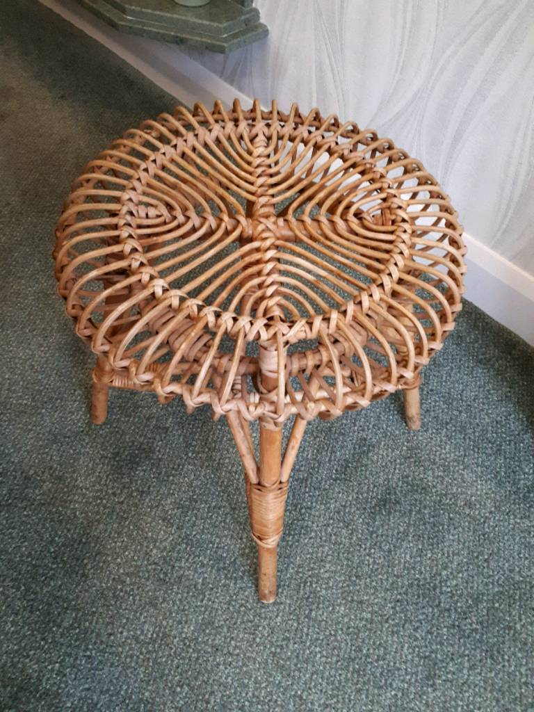 Wicker stool table