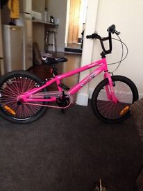 BMX 9 months old used once £120 ovno
