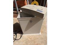 Paper shredder - electric