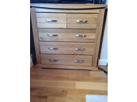 Oak furniture land chest of draws