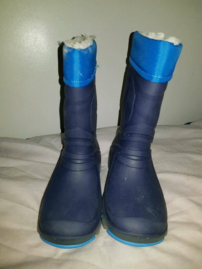 Boys wellies new